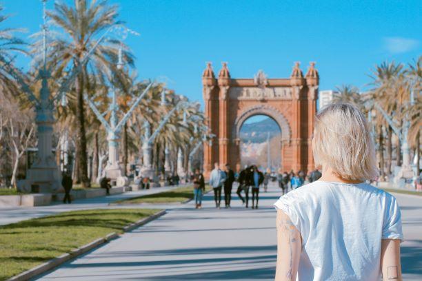 Cloenda del cicle 'Pensar Barcelona' Amb Ada Colau, Pau Guardans i Juan José Brugera