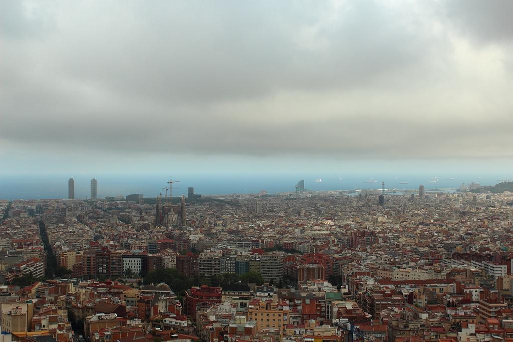 Imatge de recurs de la contaminació de Barcelona