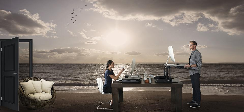 Foto surrealista sobre nómadas digitales