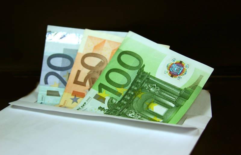¿Un salario metropolitano de 1.100 euros?