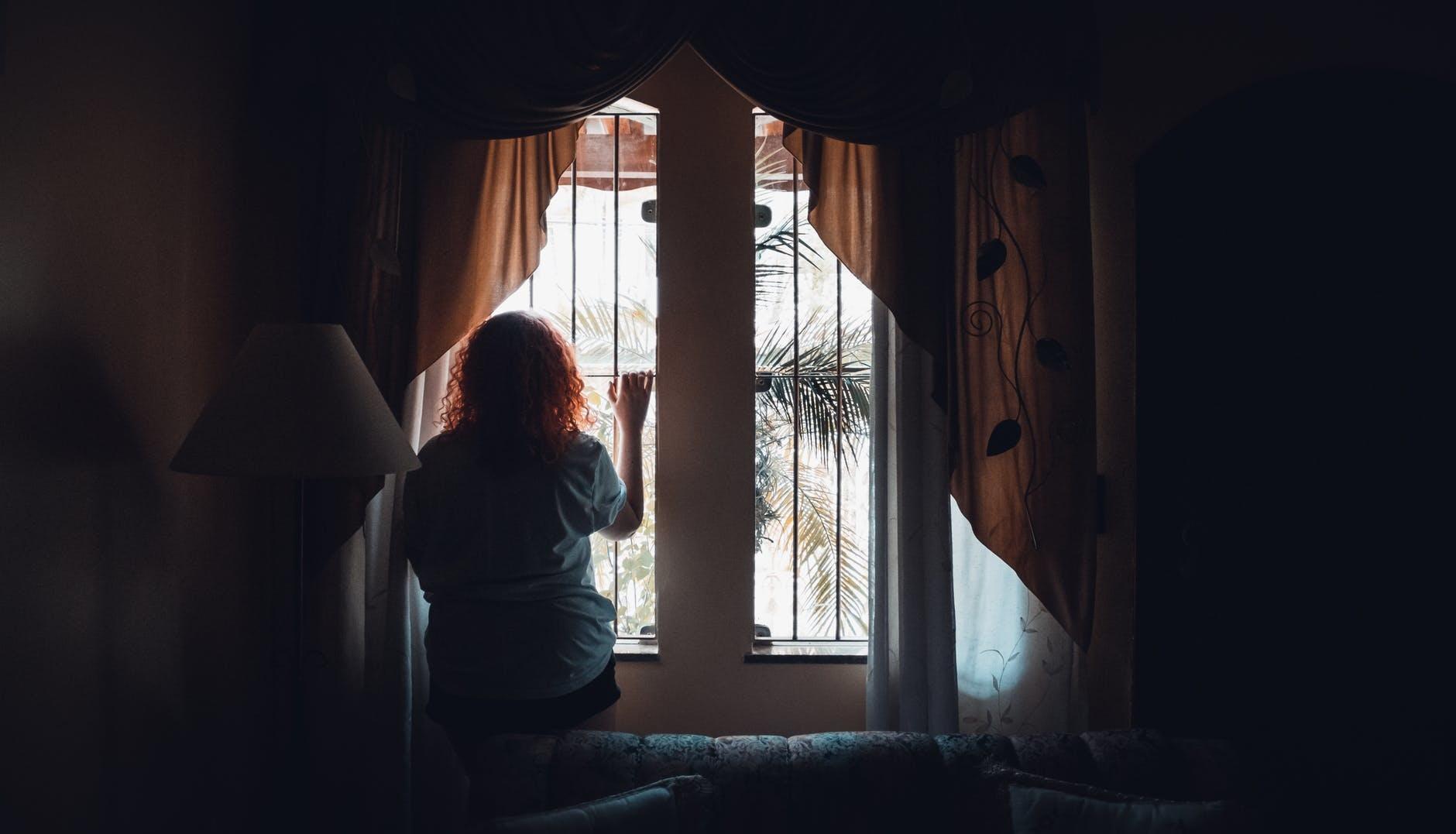 Vivir la crisis y la metrópoli en soledad: un reto estratégico