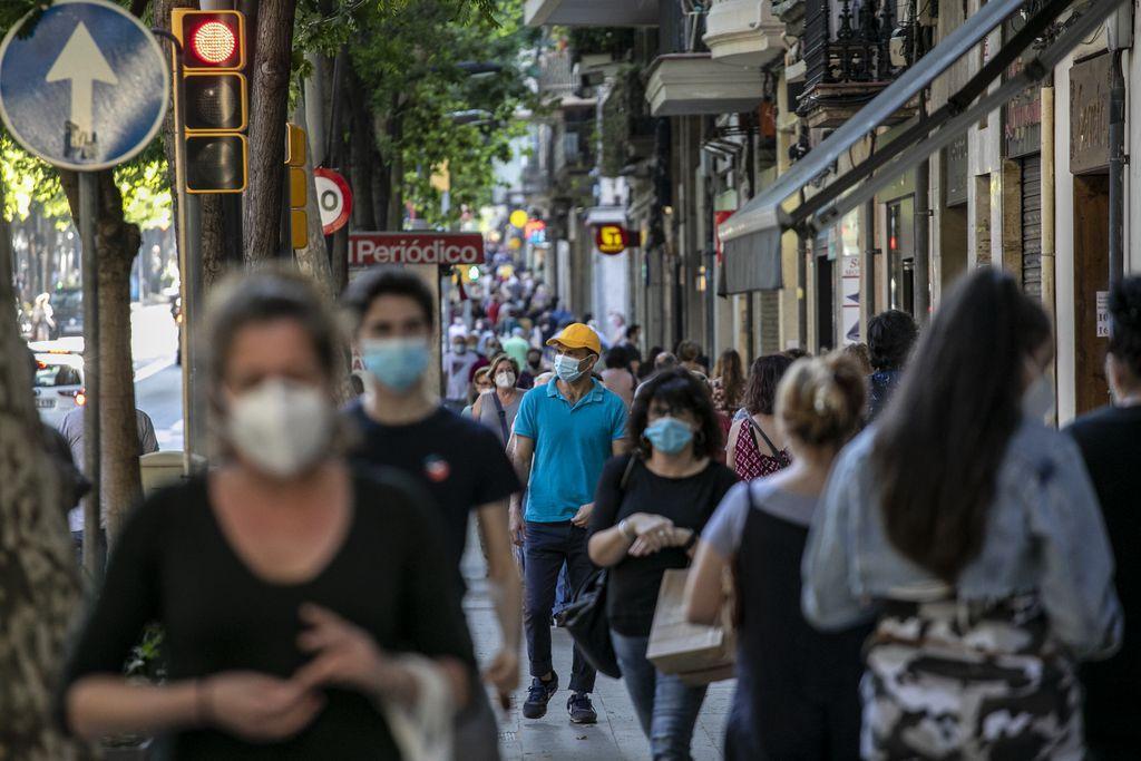 Carrer de Sants. Autor: Edu Bayer. Font: Ajuntament de Barcelona