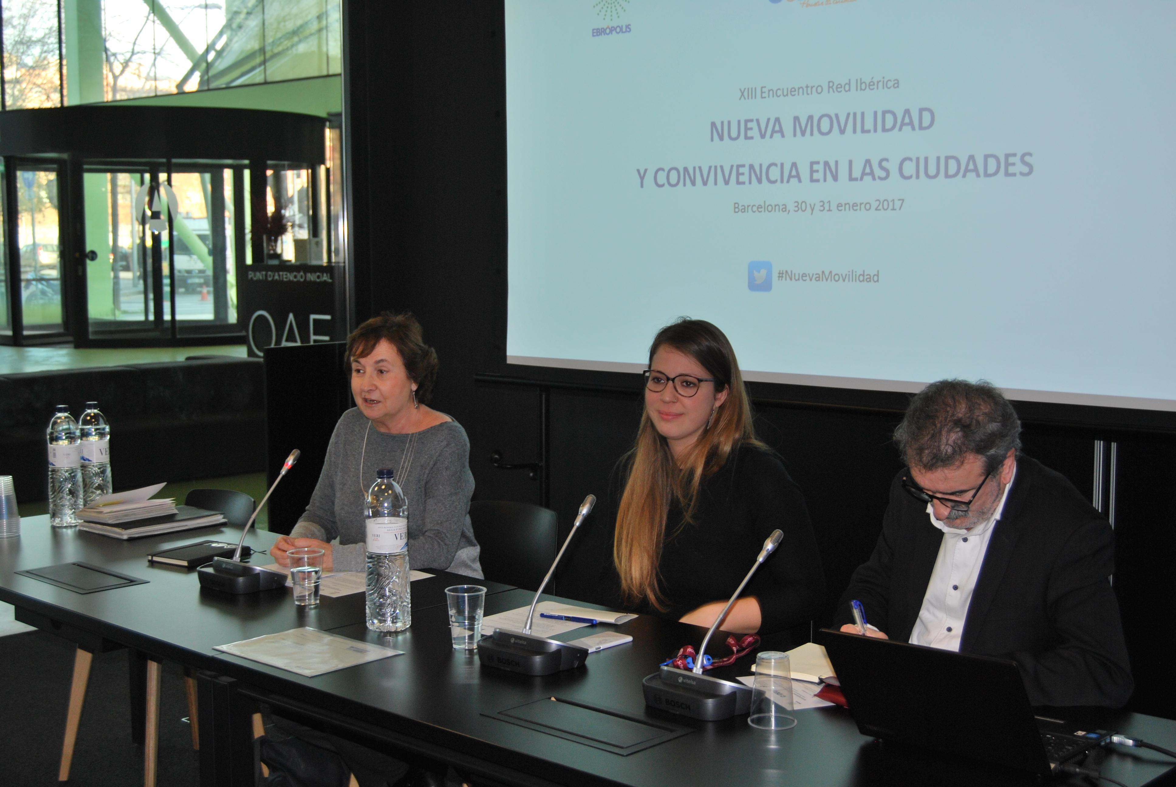 Janet Sanz, Maravillas Rojo i Kepa-Korta donen la benvinguda a la XIII Reunió Xarxa Ibèrica CIDEU