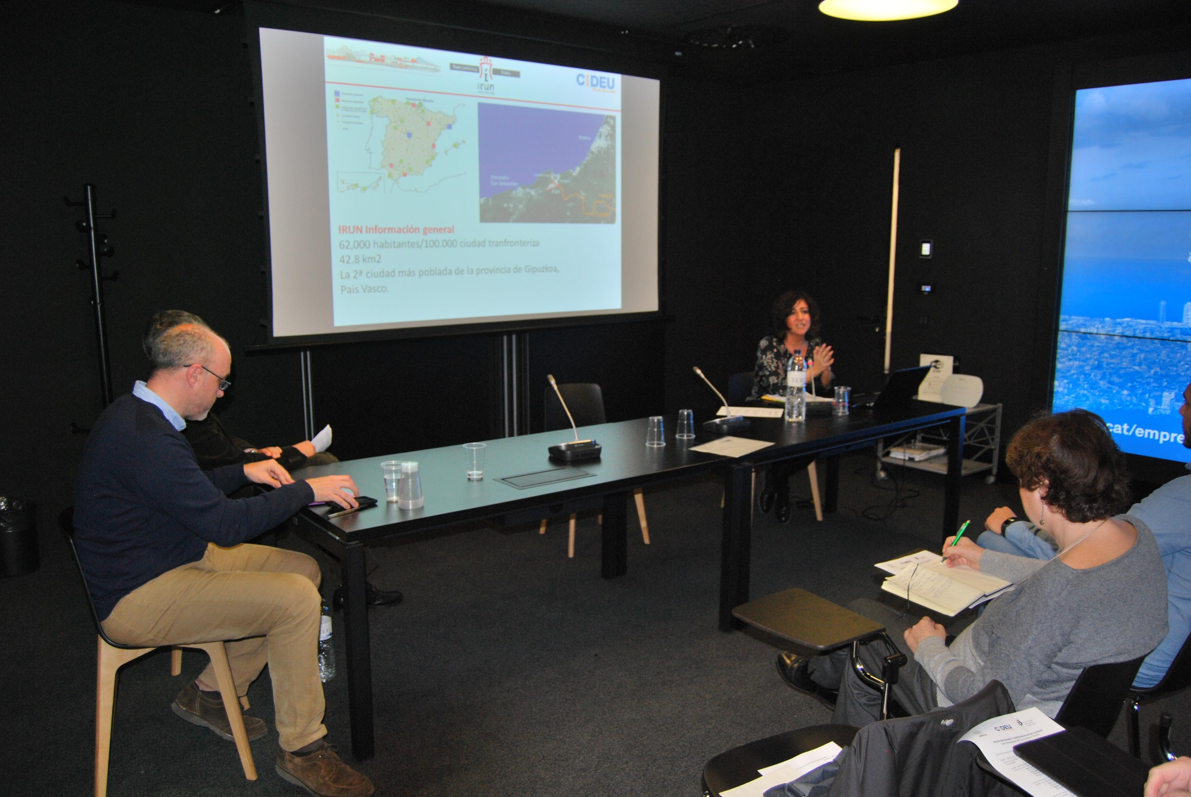 Eva Fernández, de l'Ajuntament de Irún, presenta: Irún, Ciudad Amable
