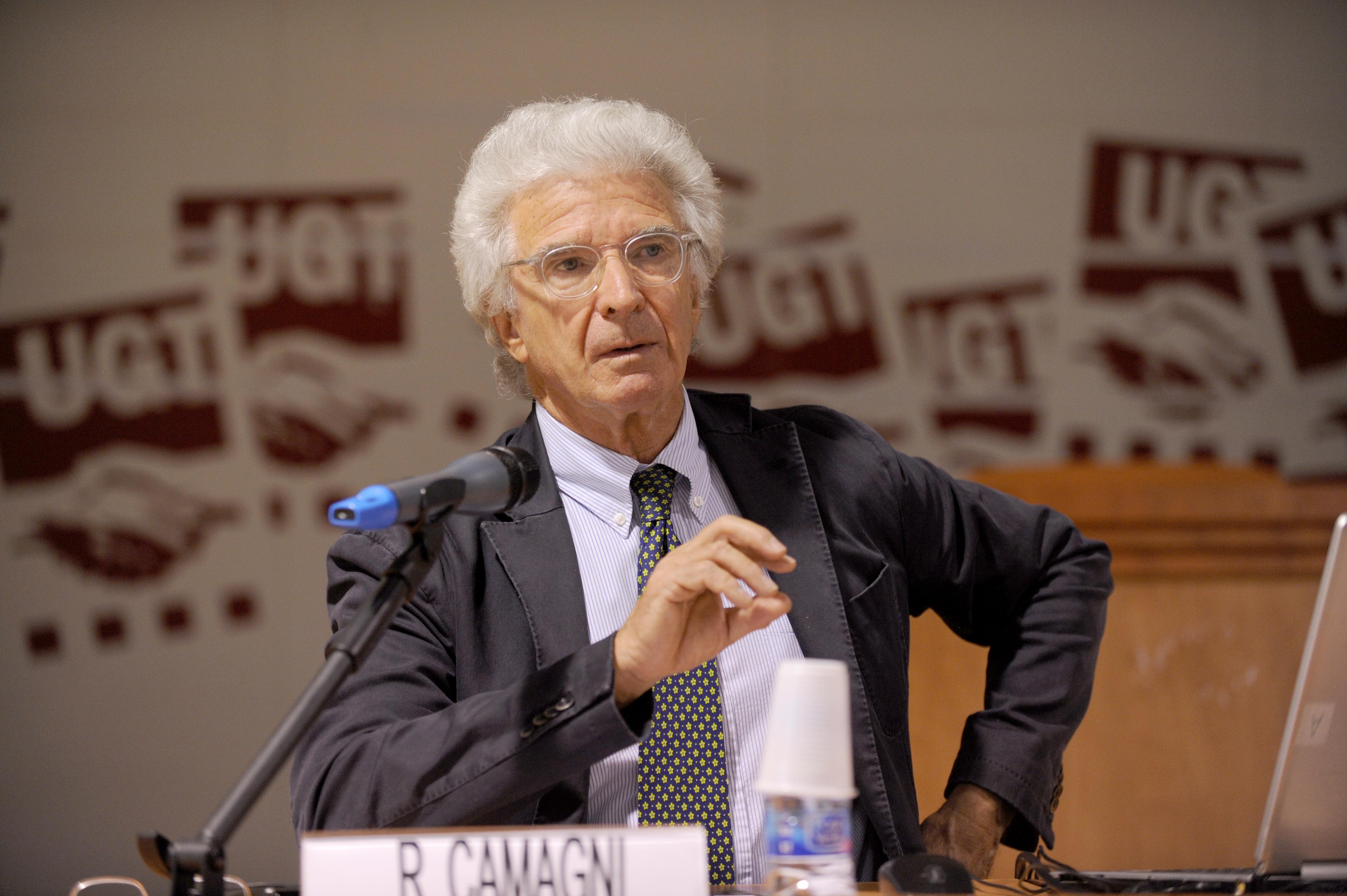 Roberto Camagni