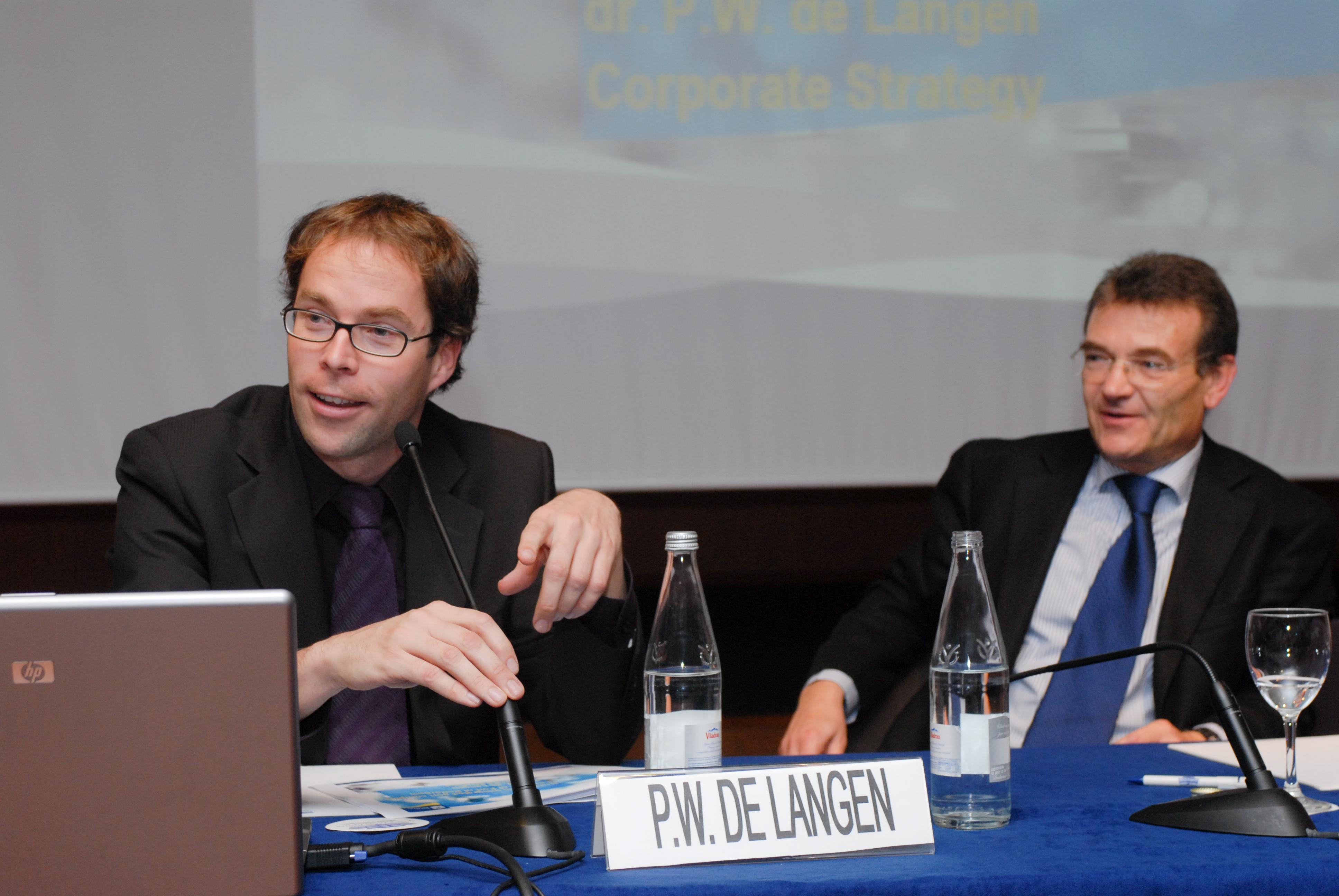 Peter W. de Langen