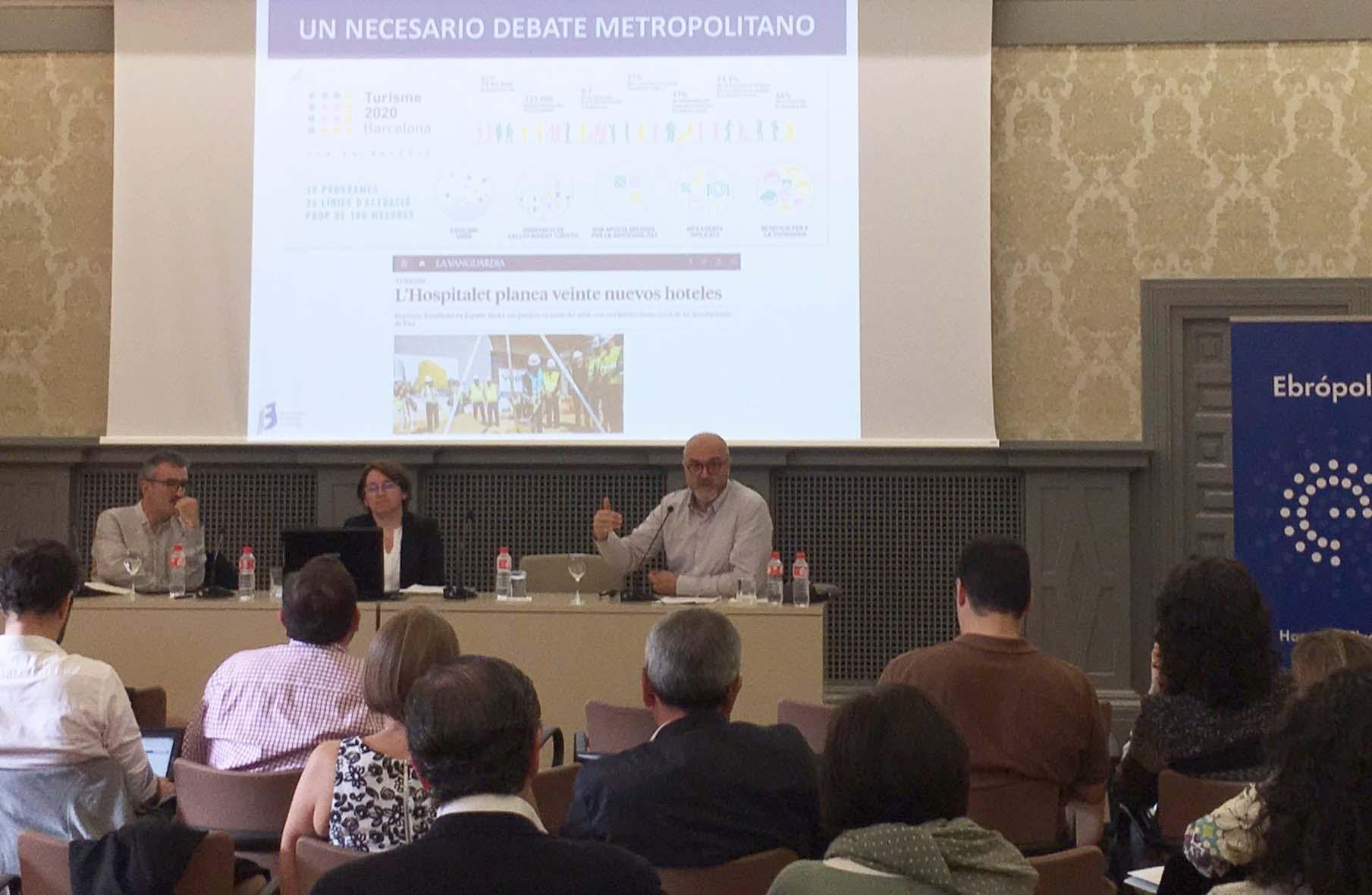 Oriol Estela durante su intervención en el XX Encuentro de Planes Estratégicos