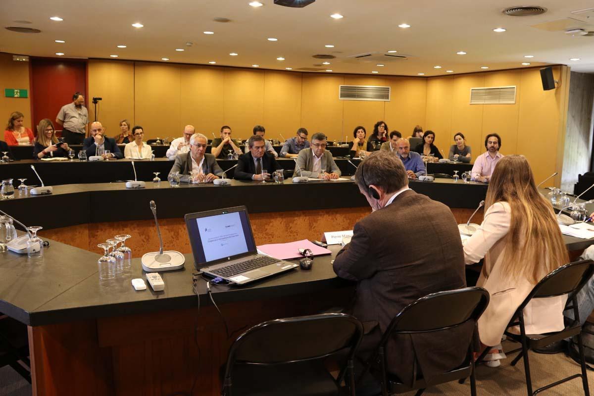 1r encuentro del Espacio de conocimiento y debate sobre temas metropolitanos