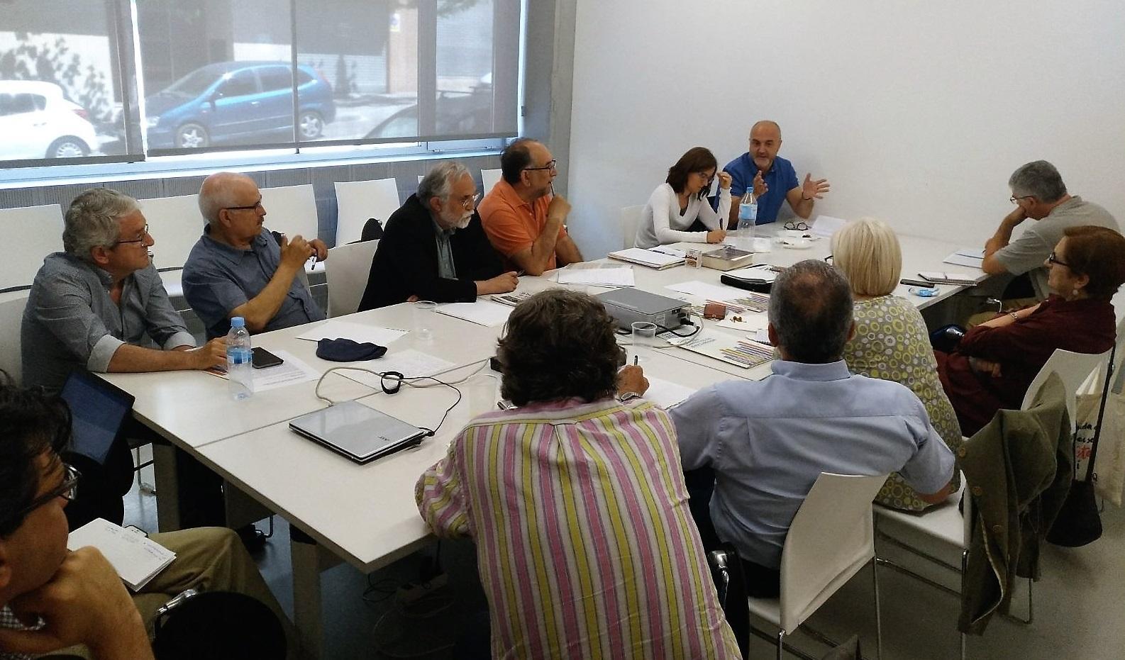 Oriol Estela durant la reunió amb el CECBLL, Fòrum Grama i Via Vallès