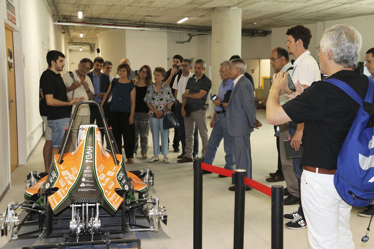 e-Tech Racing ens explica com han desenvolupat el seu cotxe elèctric de competició