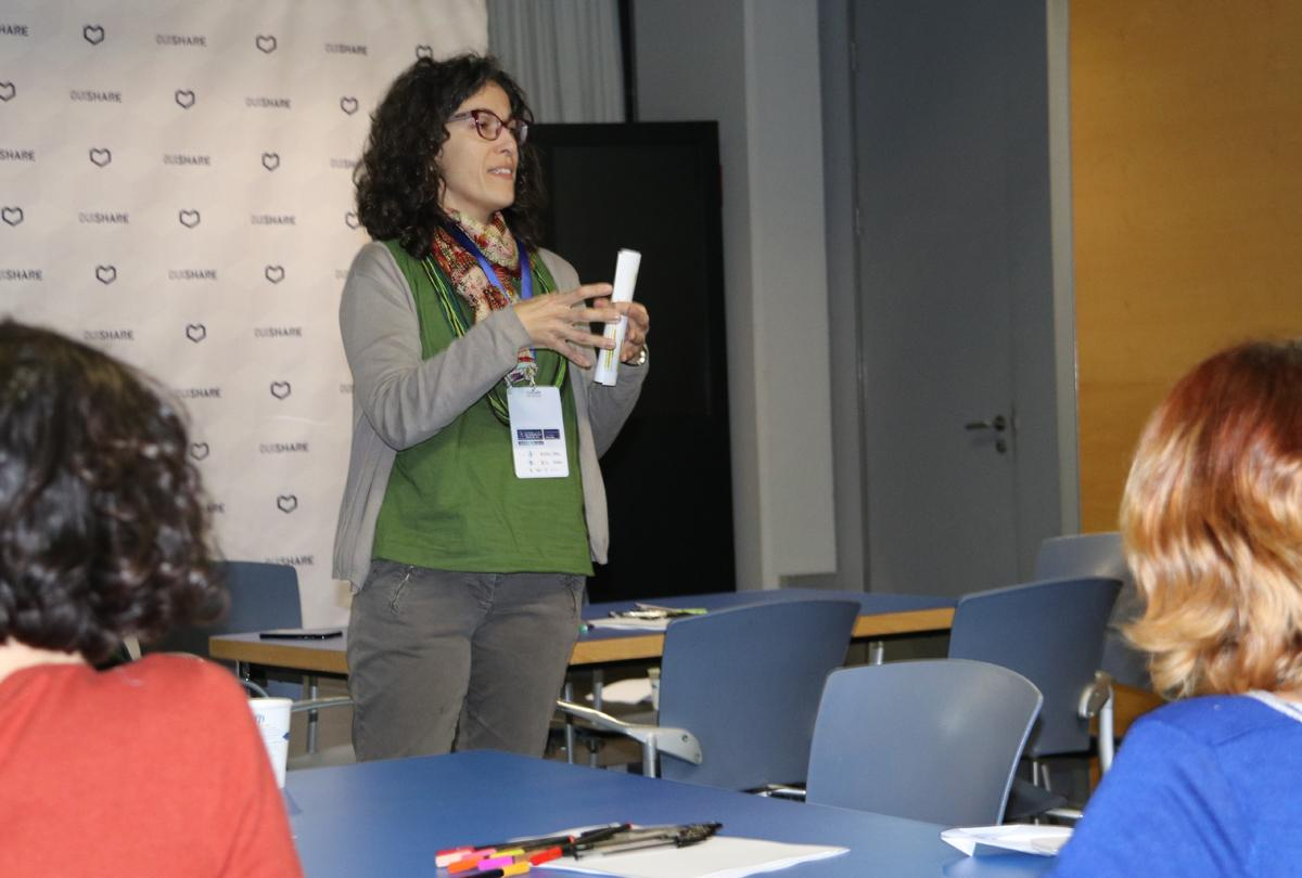 María Cortada, del PEMB, introduce el taller