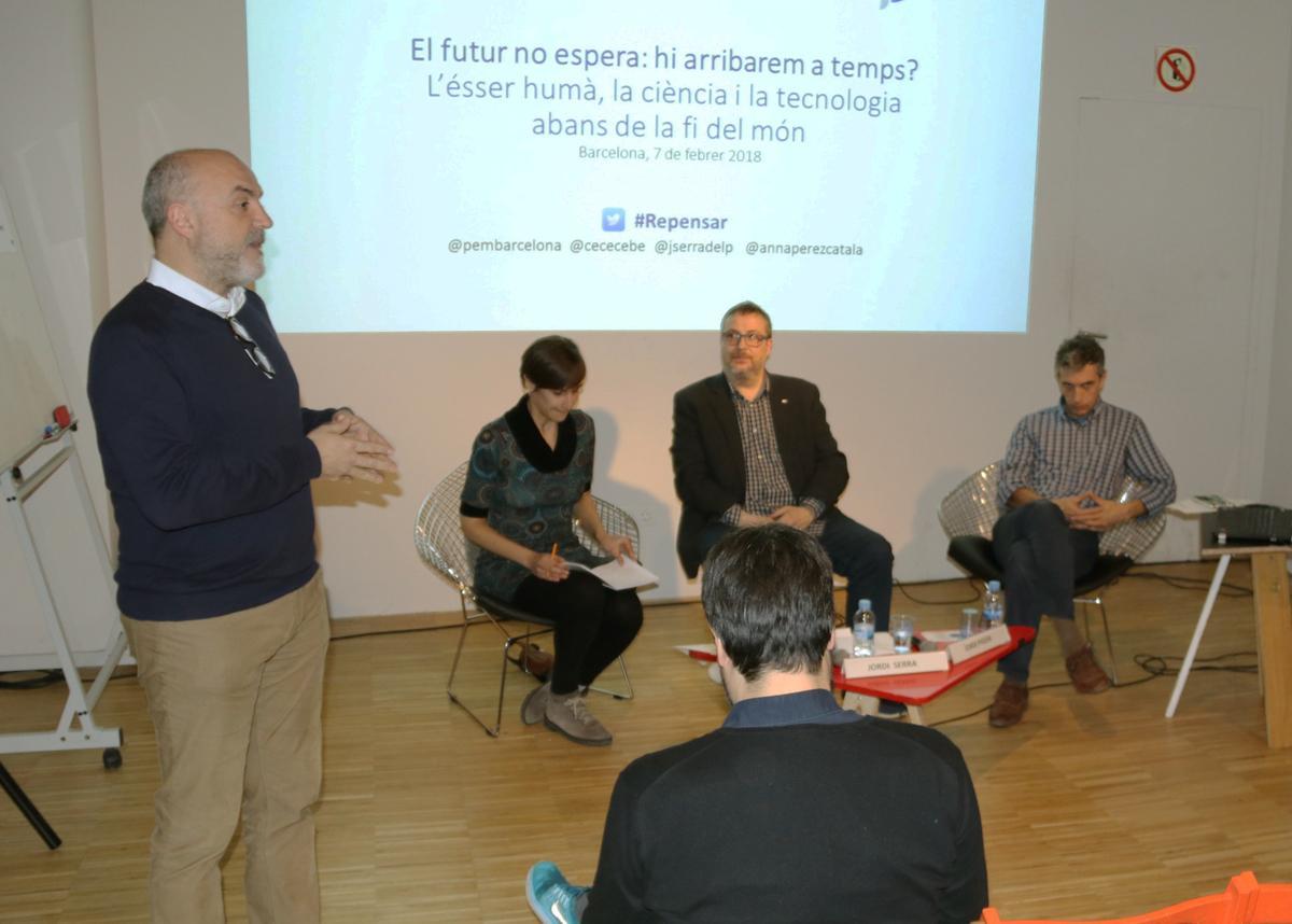 Oriol Estela presenta el debat: 'El futur no espera: hi arribarem a temps?