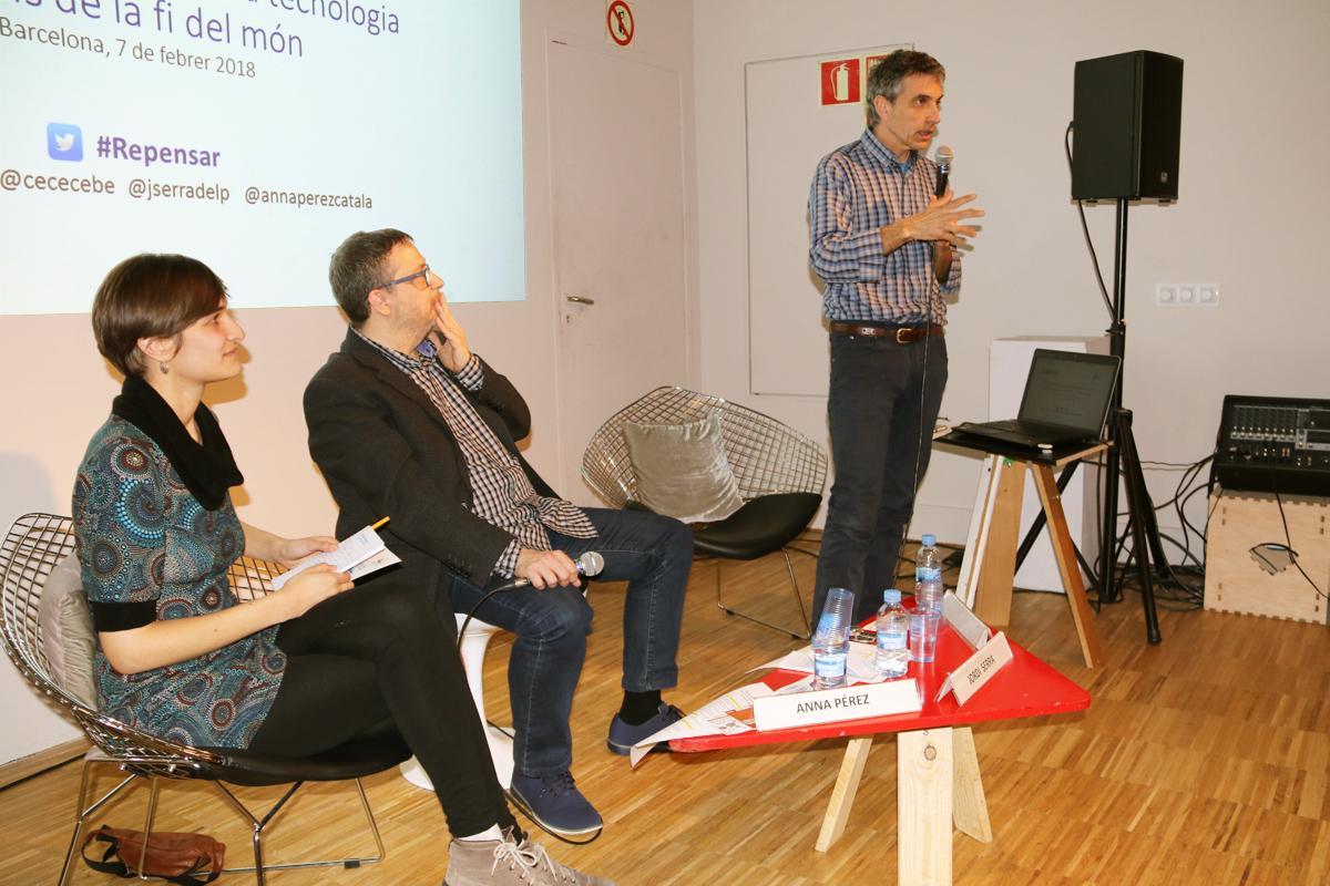 Jordi Pigem durante el debate; 'El futuro no espera: ¿Llegaremos a tiempo?'