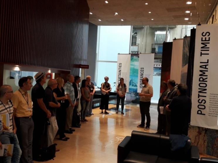 Oriol Estela dóna la benvinguda als assistents al curs