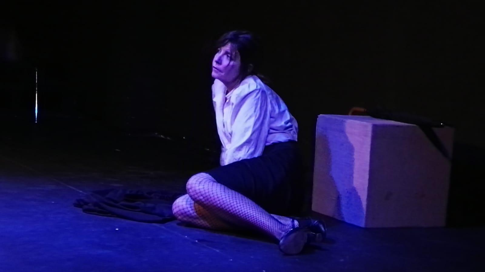 Verónica Pallini durante la representación de la obra