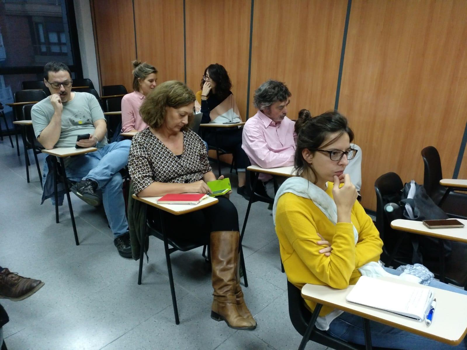 Los assistentes a la charla '30 años pensando la Barcelona del futuro'