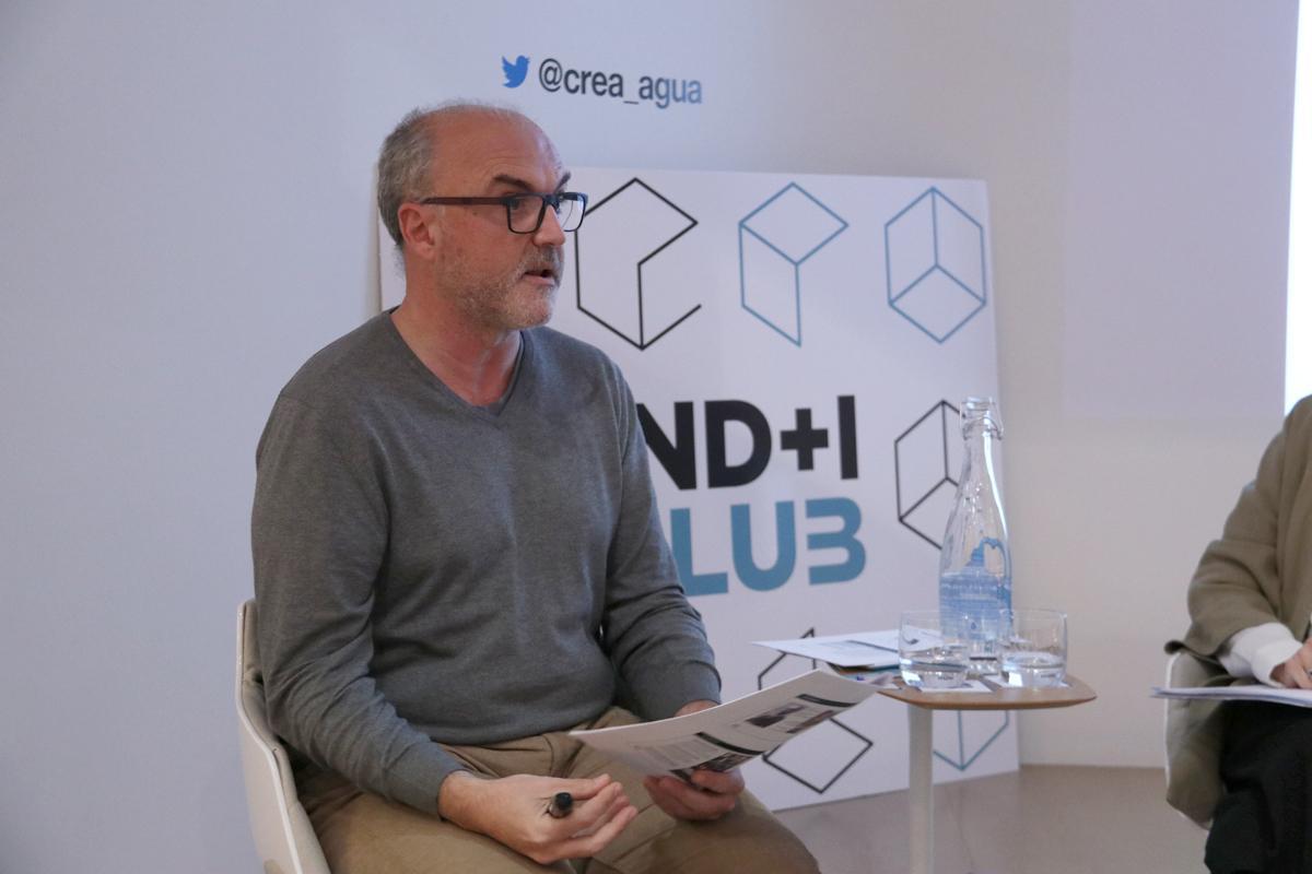 Oriol Estela durante su intervención en el IND I Club