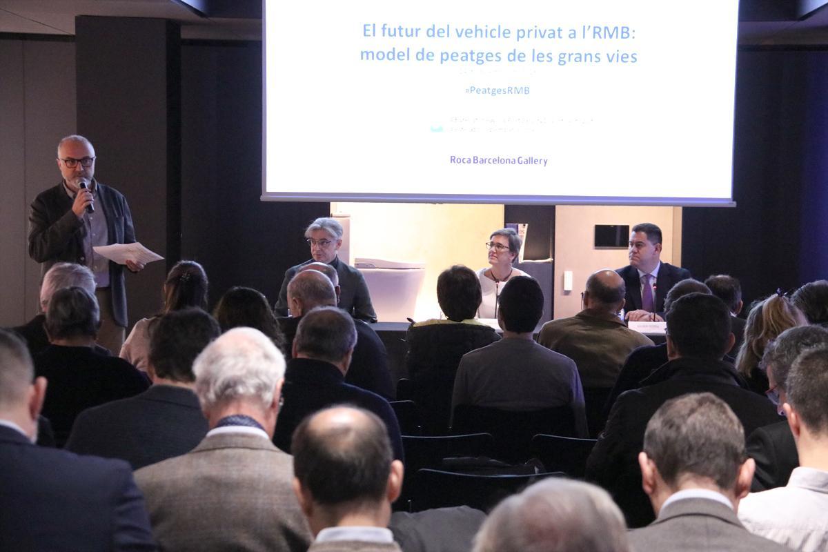 Oriol Estela dóna la benvinguda als assistents al 17è Esmorzar Estratègic del PEMB