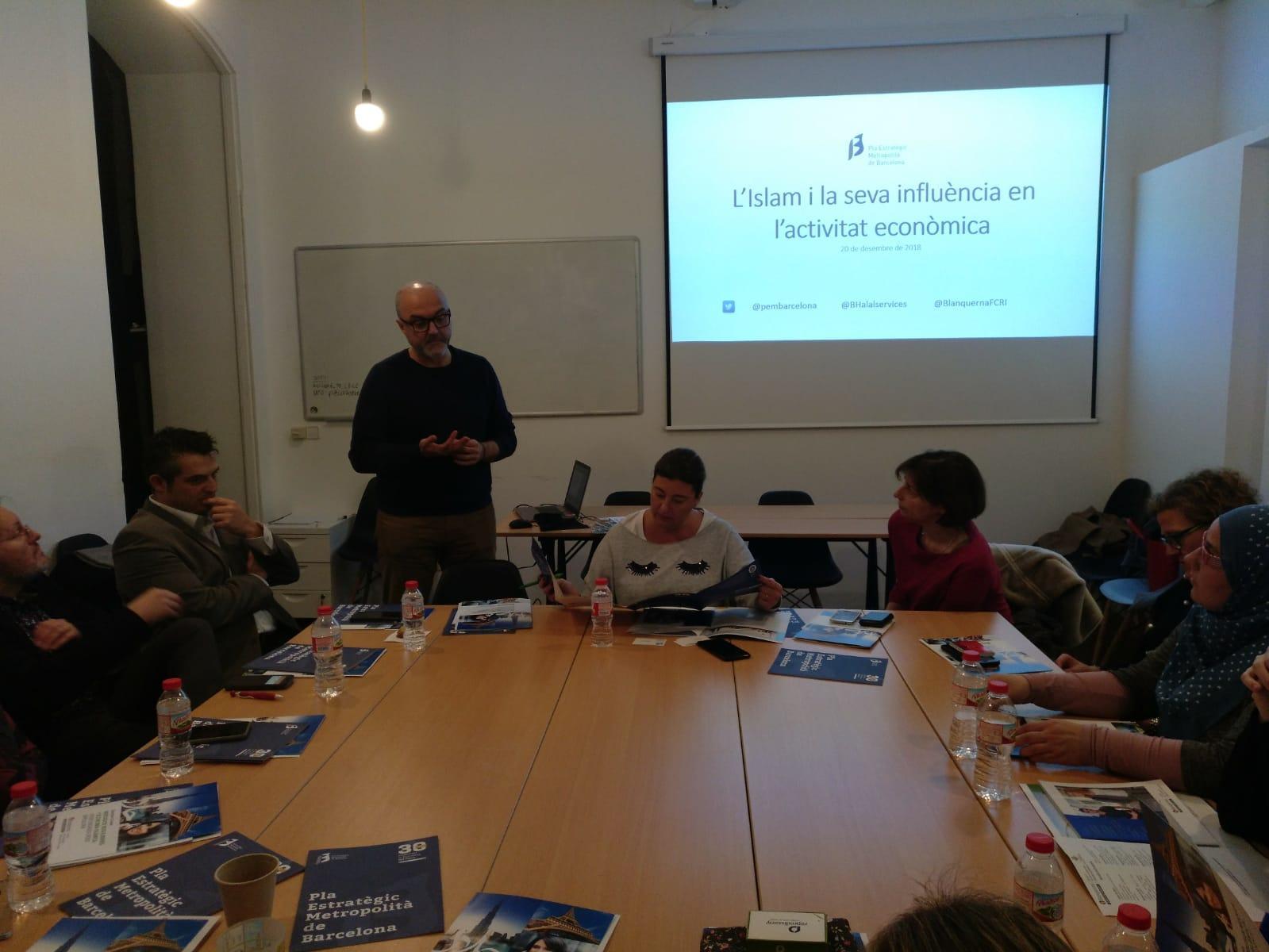El coordinador general del PEMB, Oriol Estela, obre la sessió