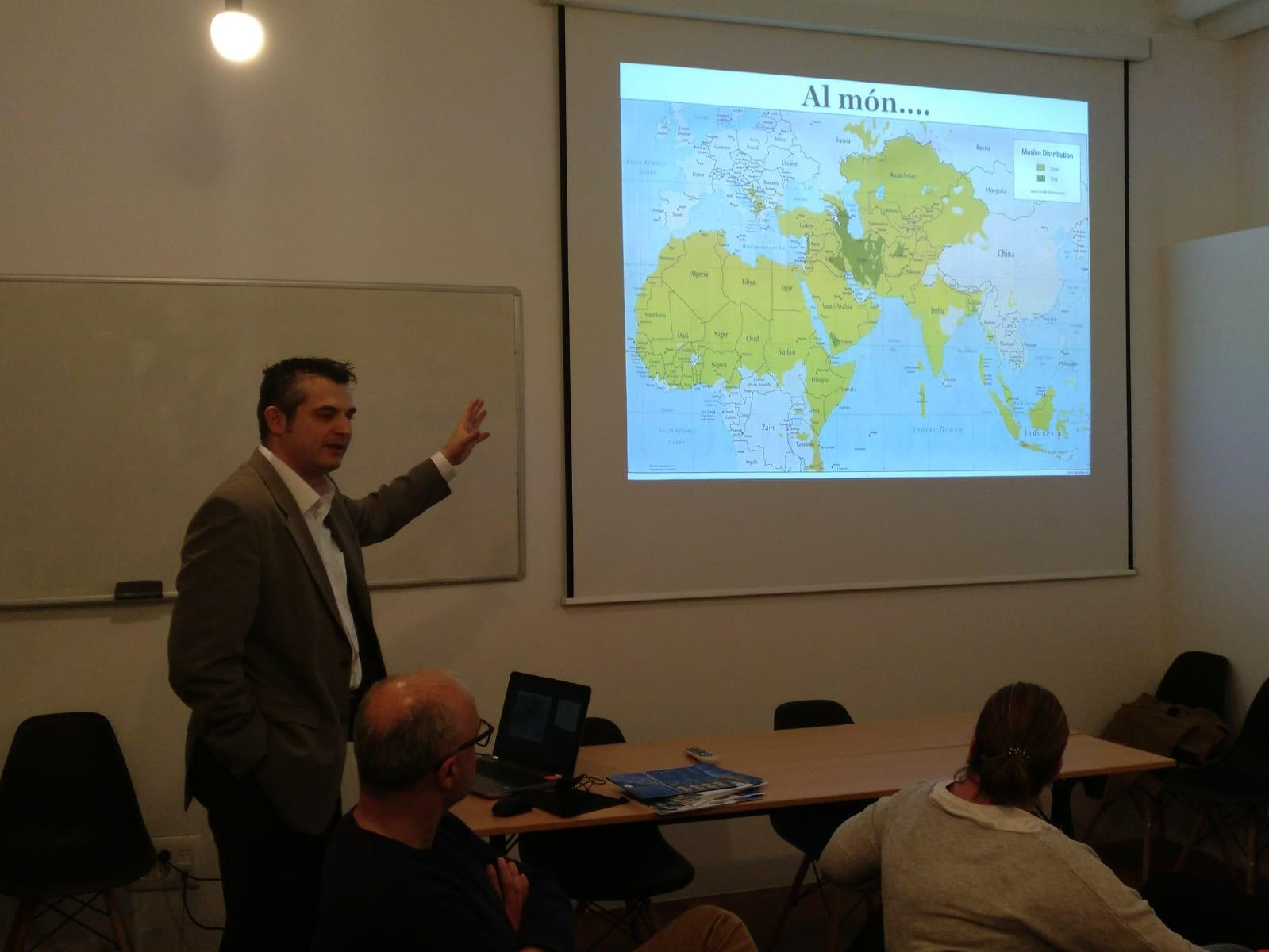 Exposició del soci-fundador de Barcelona Halal Services, Javier Albarracin