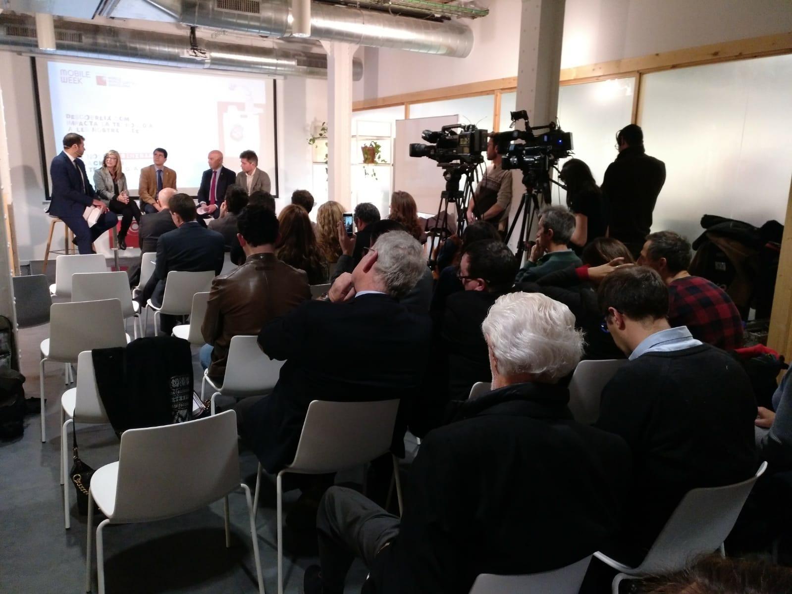 Roda de premsa al Pier 01 del Barcelona Tech City