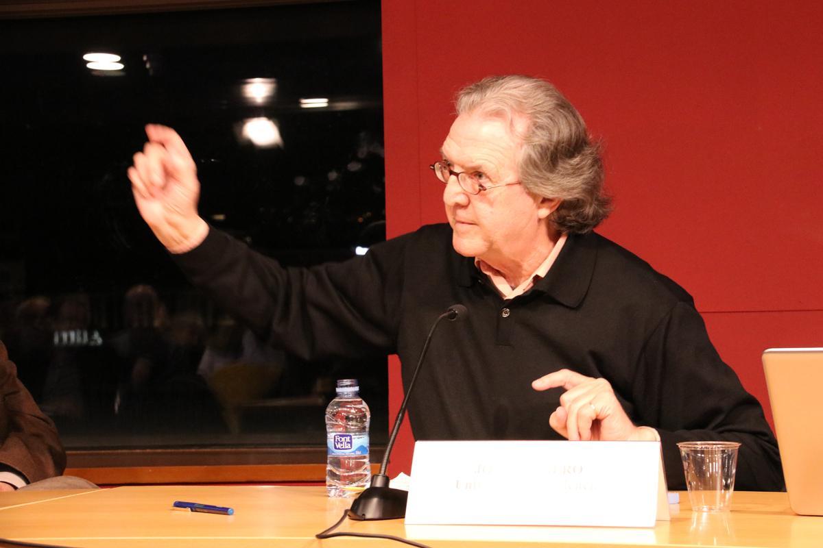 Joan Romero, catedràtic de Geografia, Universitat de València durant la conferència sobre la governança metropolitana