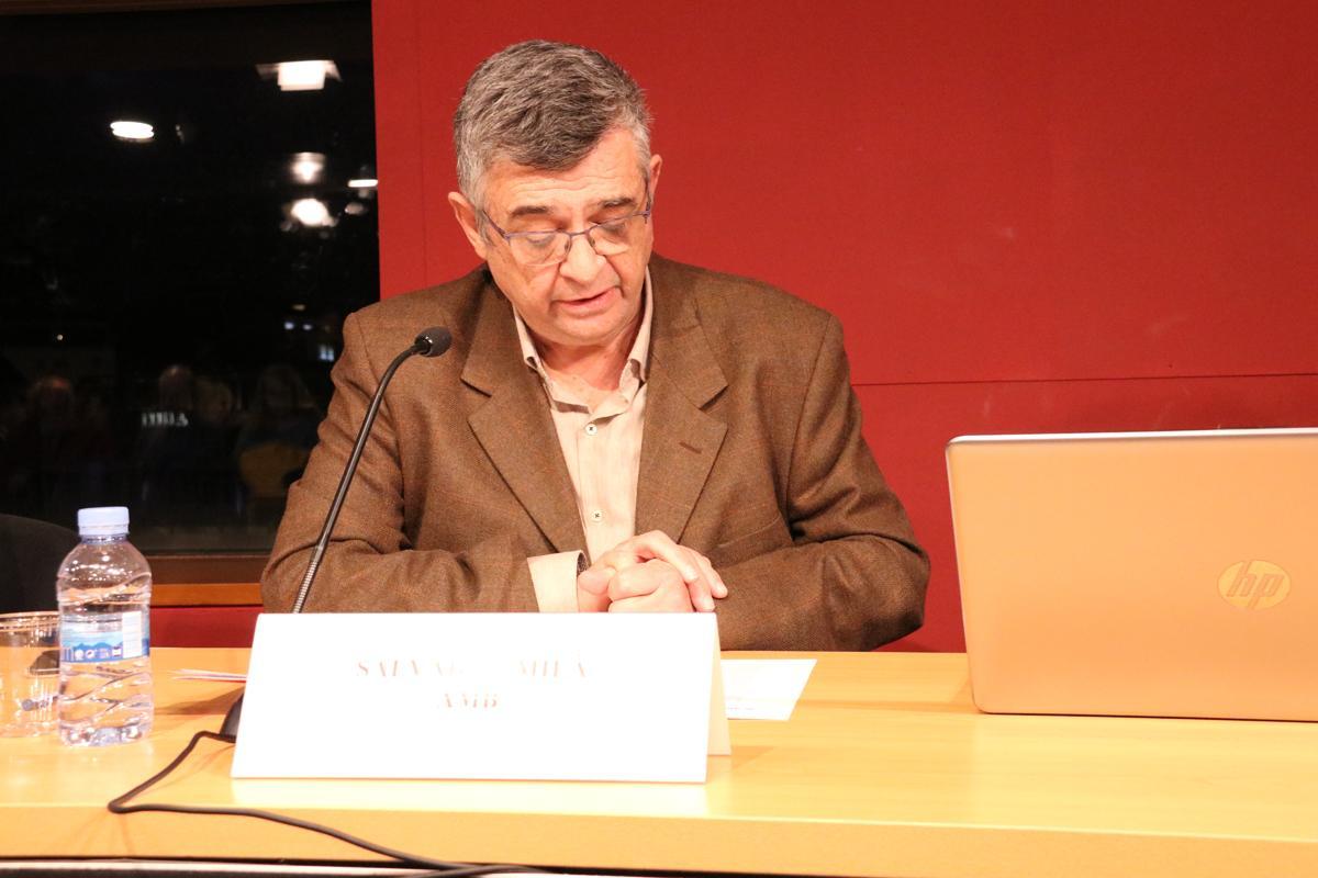 Salvador Milà, director de Presidència de l?AMB introduint la taula rodona