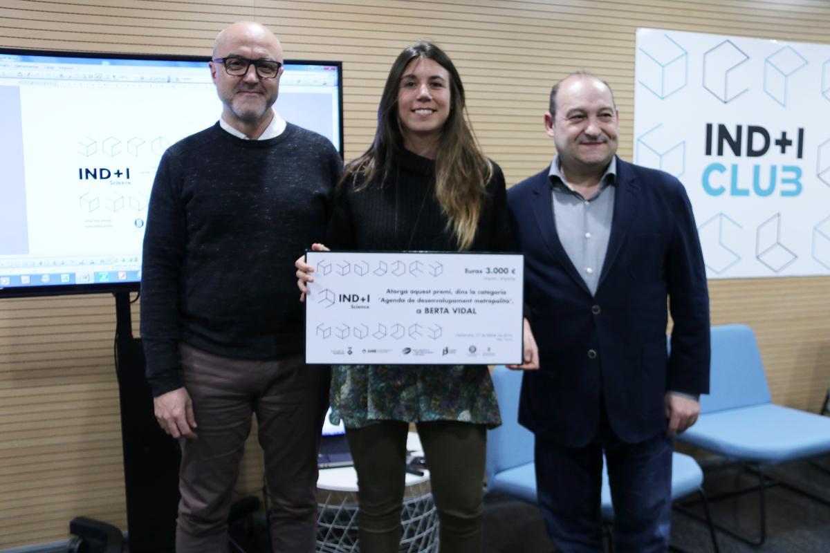 Berta Vidal, ganadora del premio IND I Science ?Agenda de desarrollo metropolitano' patrocinado por el PEMB