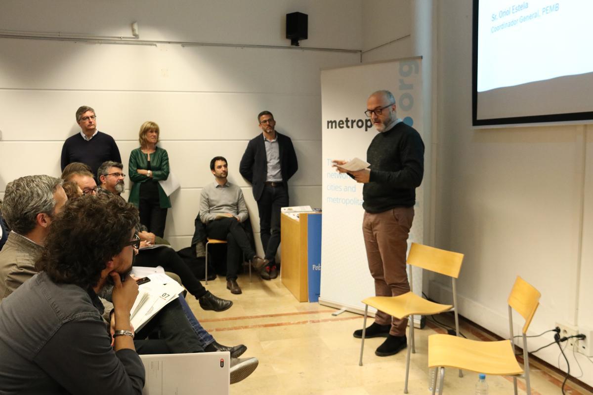 Oriol Estela Barnet presenta las pròximes actividades sobre gentrificación del PEMB