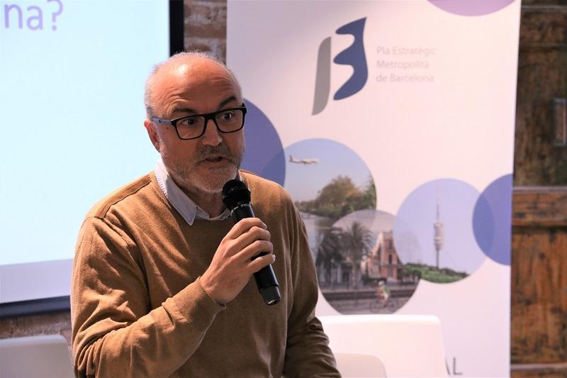 Oriol Estela Barnat, coordinador del PEMB, durant la presentació del debat