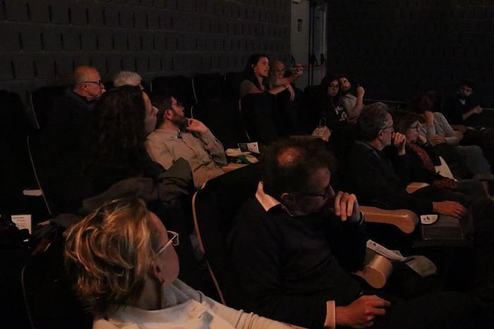 El públic participa en el debat sobre un dels principals problemes que afronten avui les grans ciutats, la gentrificació