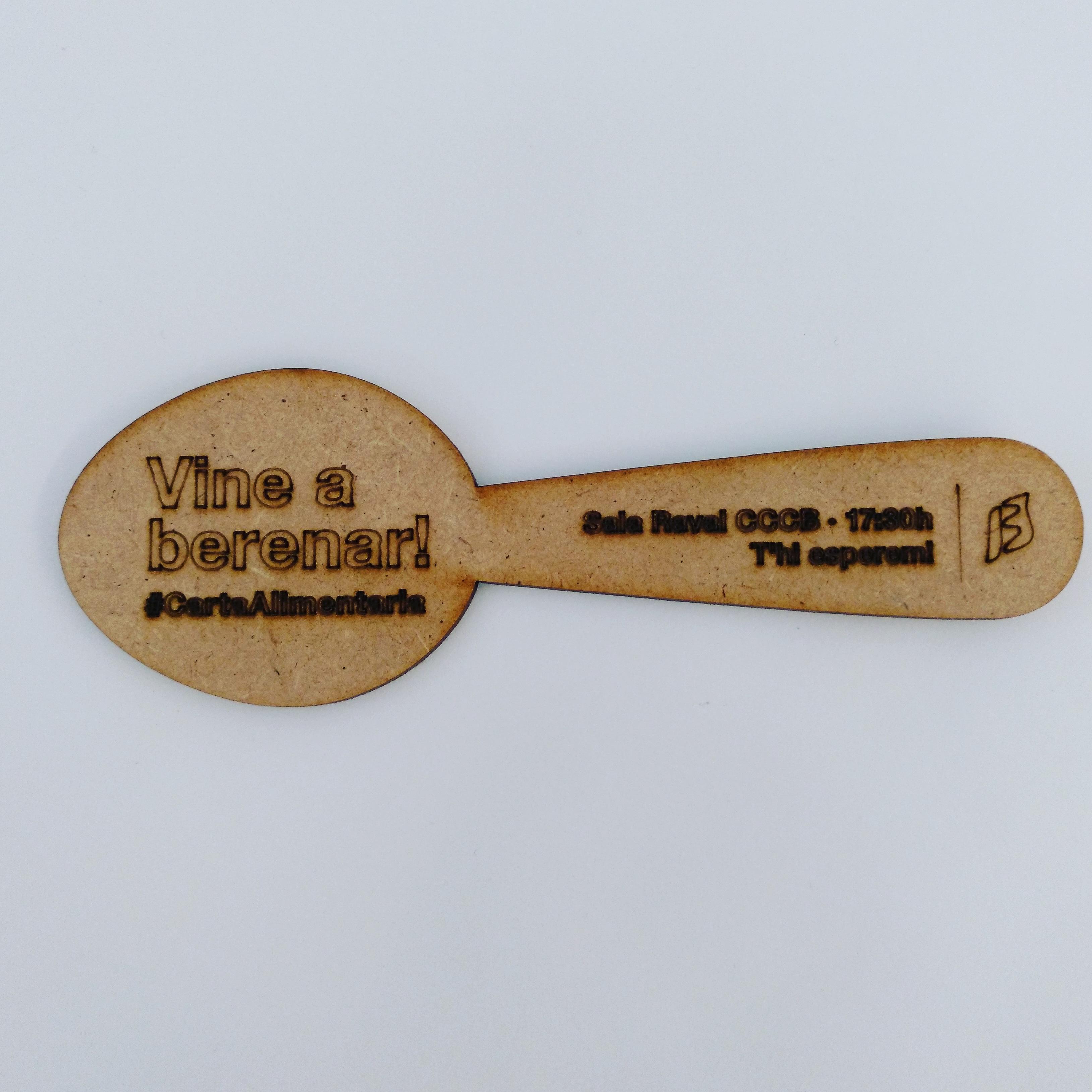 La cuchara-invitación para el taller 'Sobre la mesa'