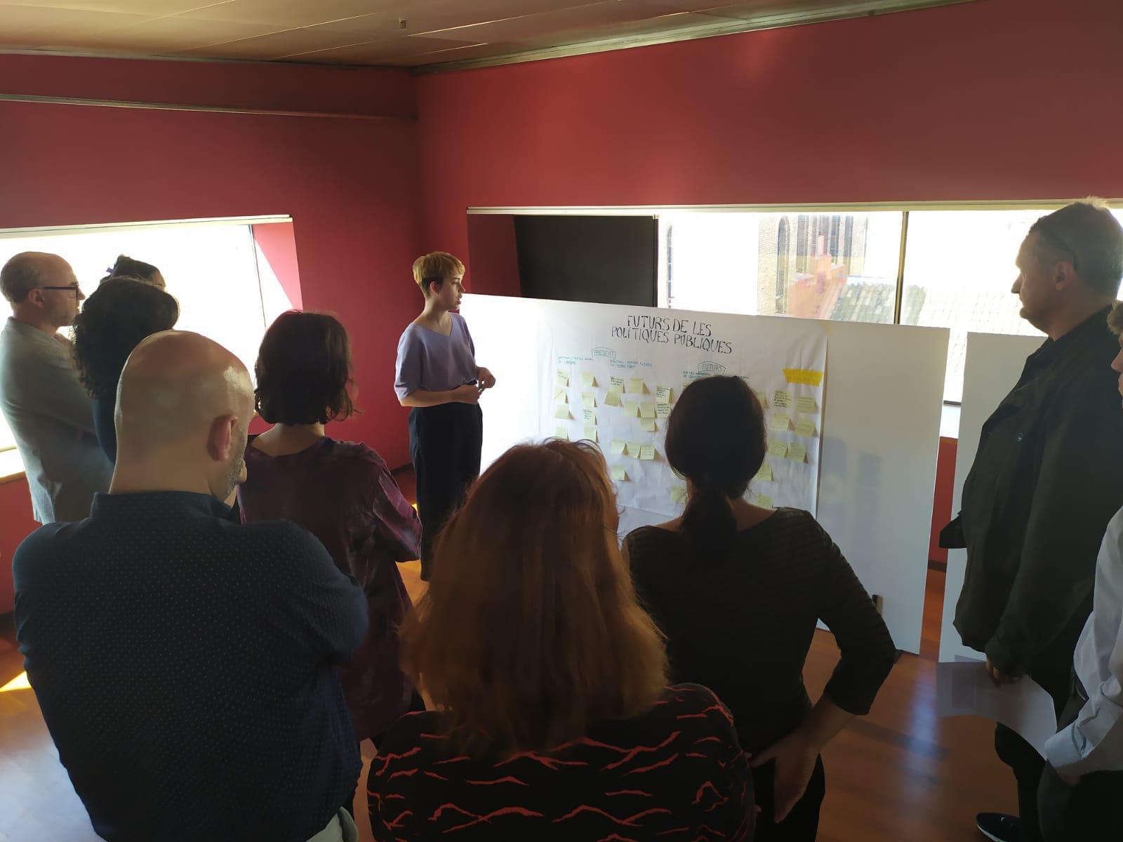 Instal·lació participativa: 'Nous futurs de les polítiques públiques'