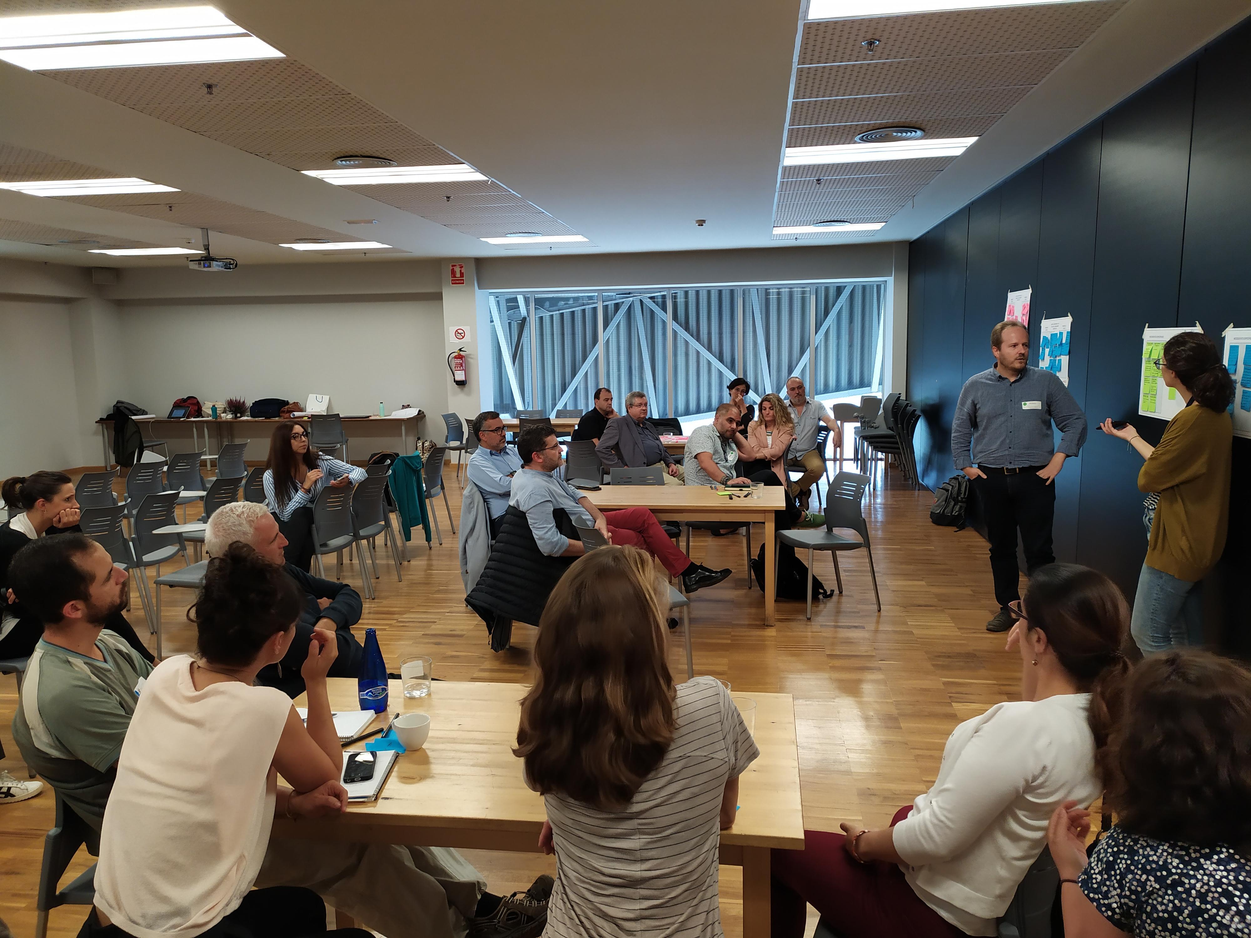 Imatge de la sessió de facilitació del PDU metropolità