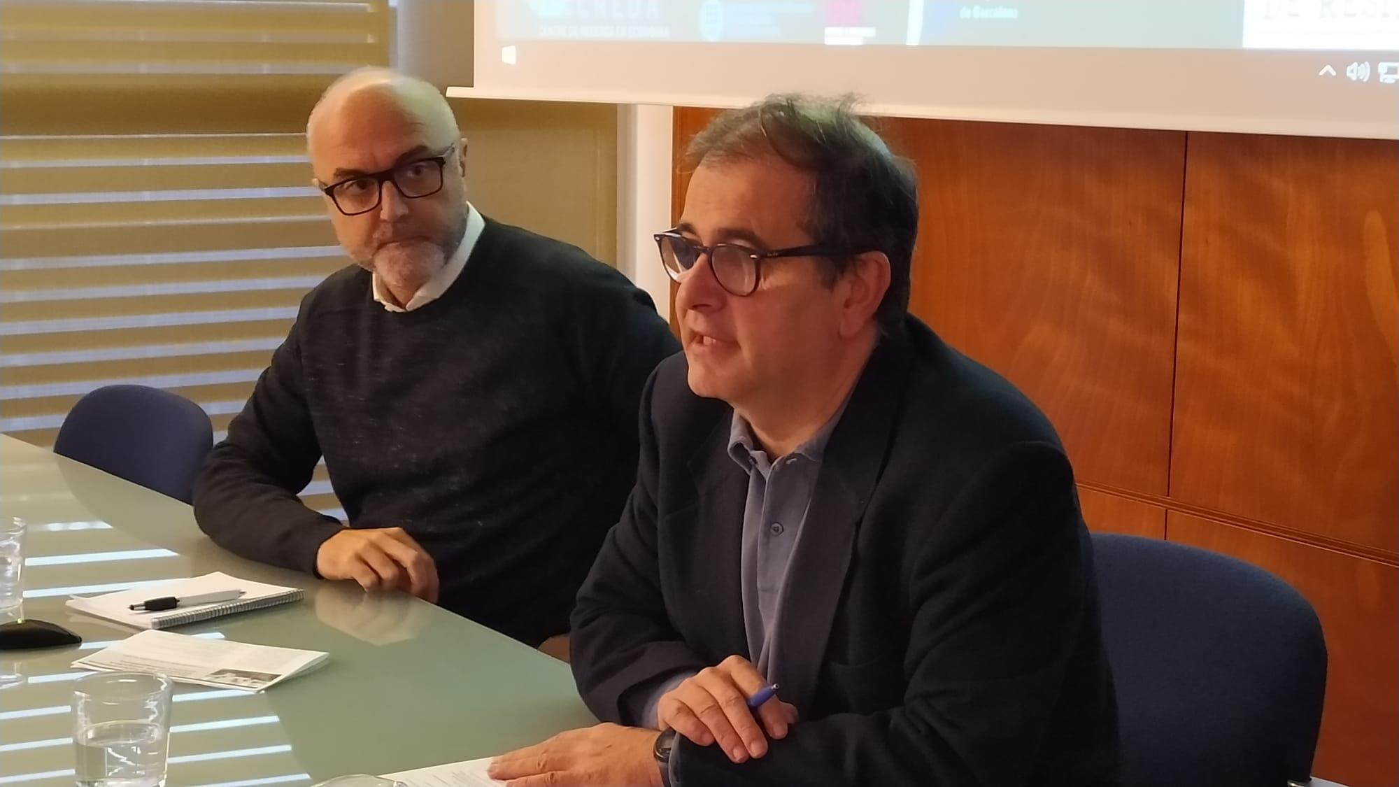Oriol Estela, coordinador del PEMB, i José Maria Gil, director del CREDA