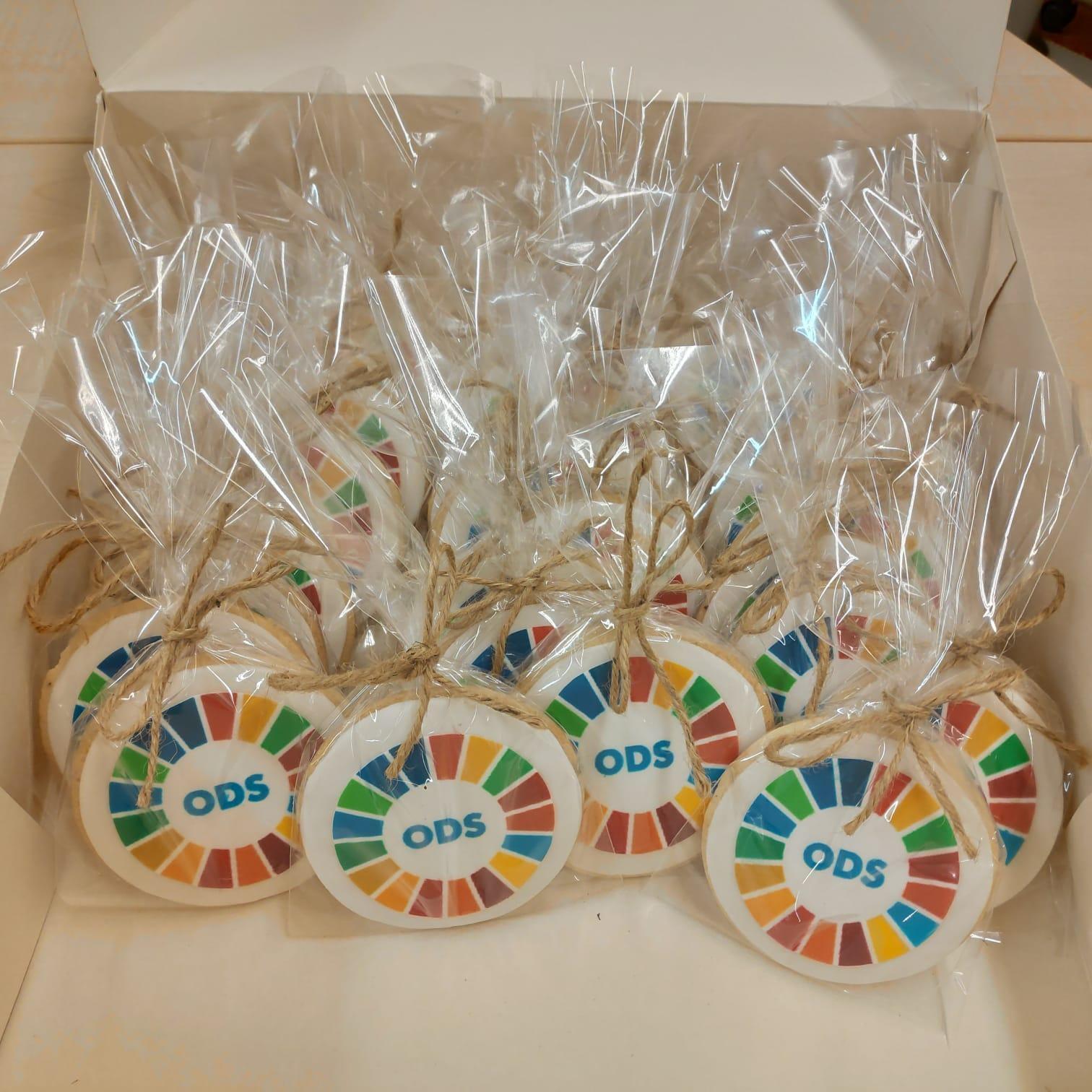 Obsequi per als participants del grup de treball dels 'Indicadors locals ODS'
