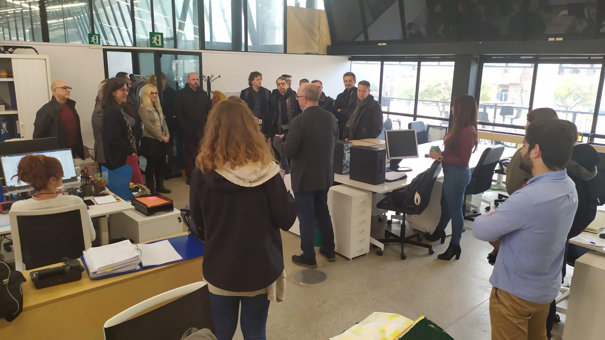 Els membres dels òrgans de govern del PEMB visiten la sala Poblenou, nova seu de l'associació