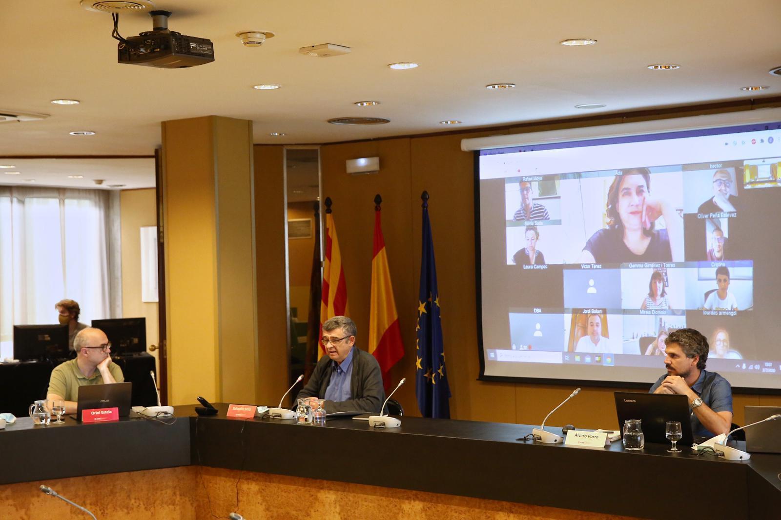 Imagen de la sala de plenos de la AMB. Foto: Pere Virigili