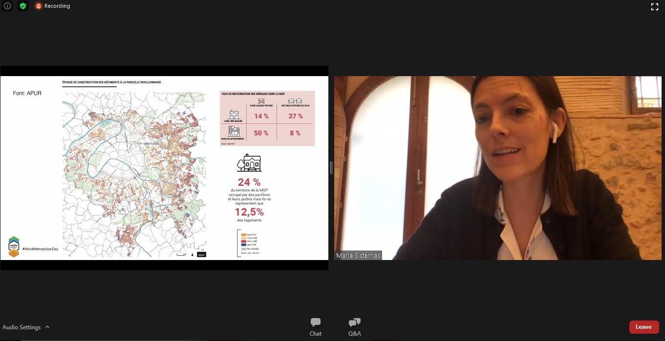 Presentación de la arquitecta Maria Sisternas en el debat