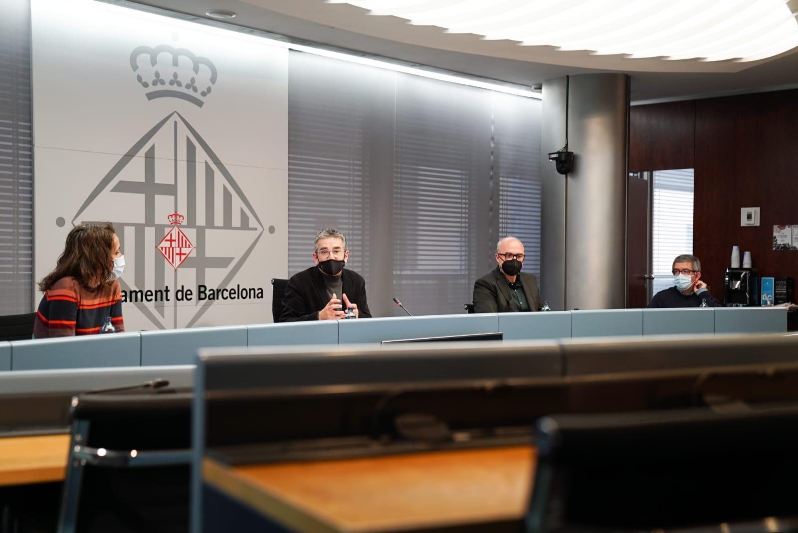 Roda de premsa a l'Ajuntament de Barcelona per presentar els 'Cicles metropolitans'