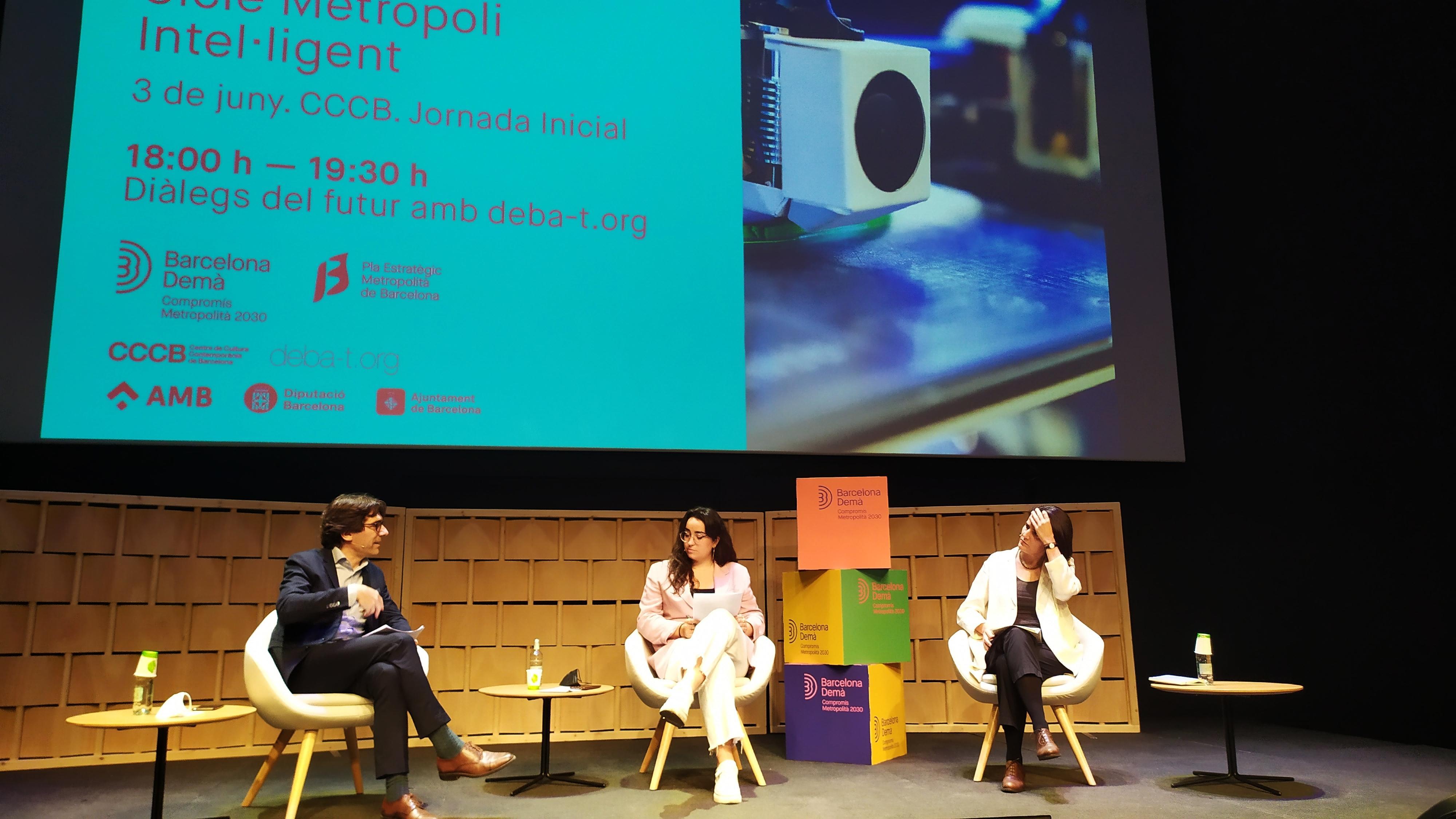 Taula 4: Diàlegs de futur: Que voldrà dir viure en una Metròpoli Intel·ligent l'any 2030? Amb Deba-t.org