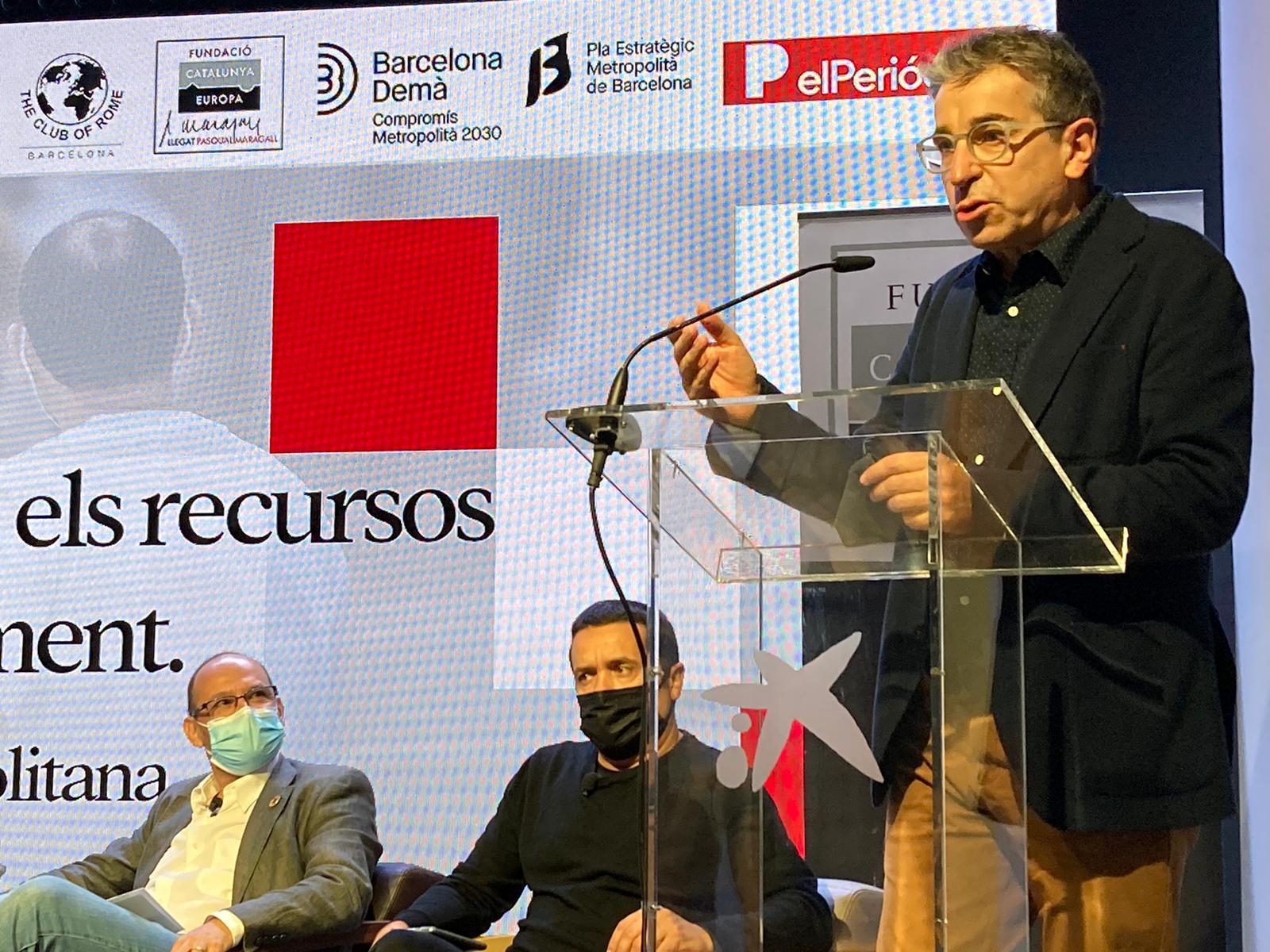 Jordi Martí dona la benvinguda a les persones assistents