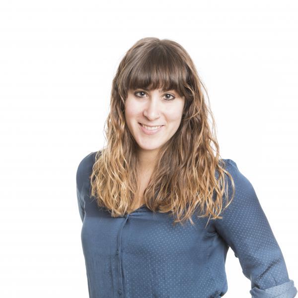 JÚLIA BROSA, coordinadora de comunicació i premsa